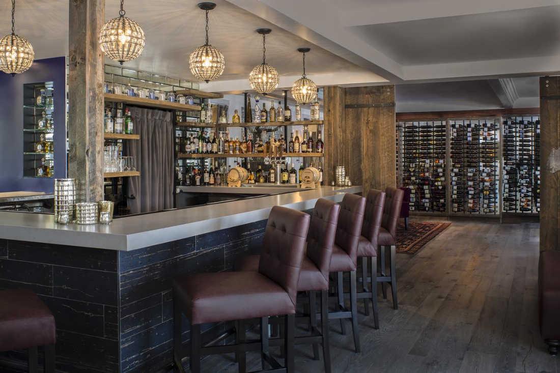 Fess Parker Wine Country Inn, Bar